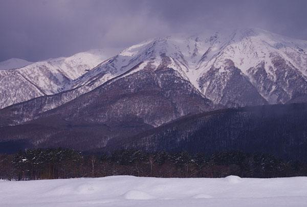相ノ沢から見た岩手山