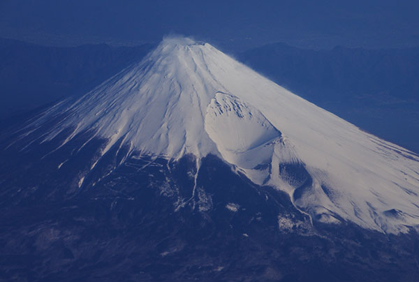 相模湾上空からの富士山