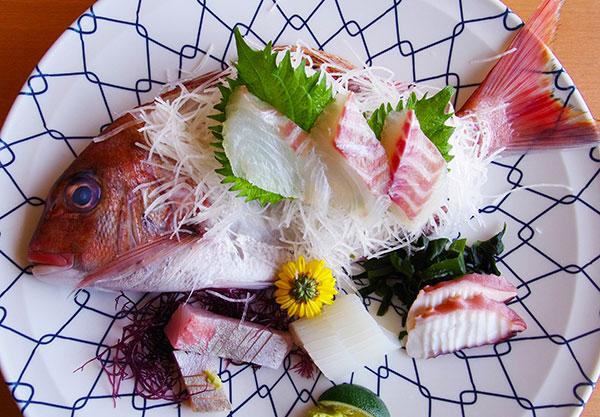 鳴門の鯛料理