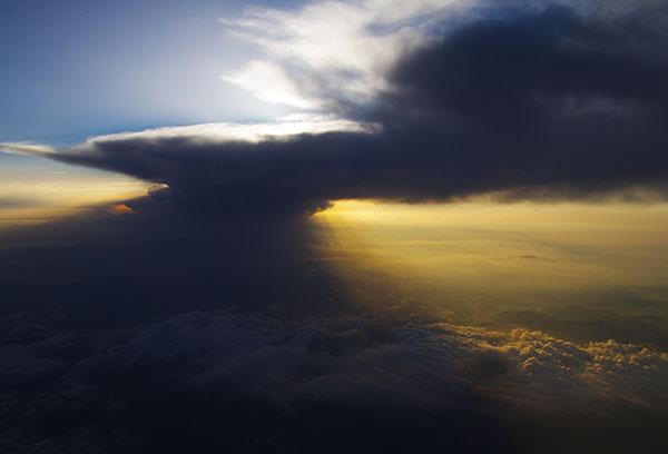 名張市上空の雲海