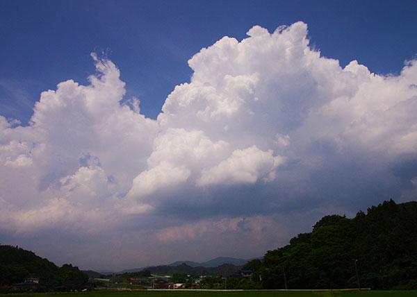 紫波町北田の入道雲