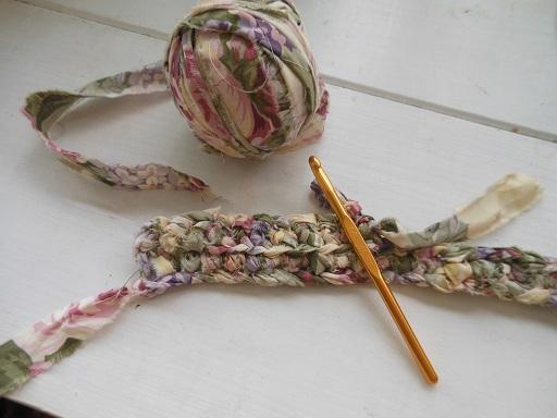 裂き布編み