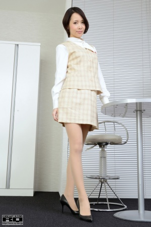 RQ-STAR-884-Kelal-Yamamura-Office-Lady.jpg