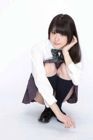 YS-Web-604-Momo-Ninomiya.jpg