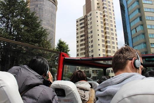 ボリビア・ペルー旅行:2階建てバス