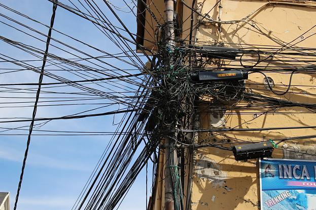 ボリビア・ペルー旅行:ラパス旧市街 電線