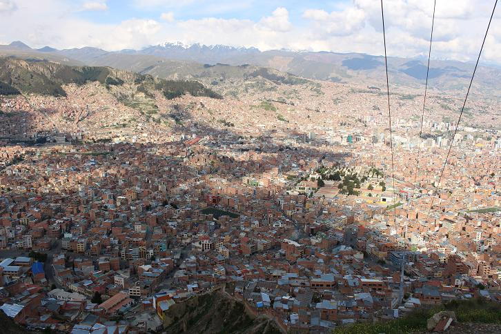 ボリビア・ペルー旅行:ラパス すり鉢 景色2