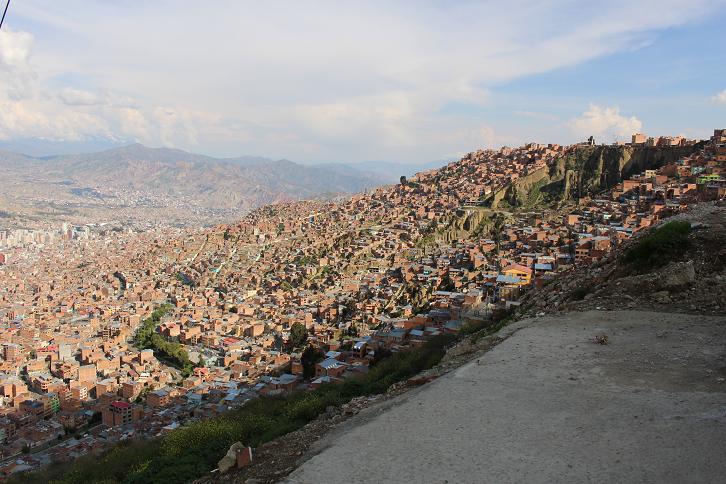 ボリビア・ペルー旅行:ラパス すり鉢 景色3