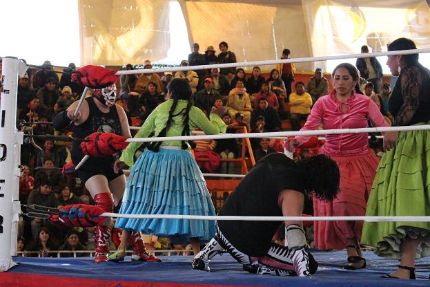 ボリビア・ペルー旅行:オバプロ 大乱闘2