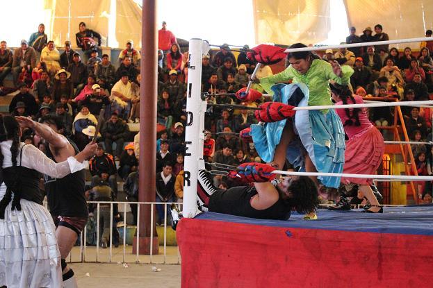 ボリビア・ペルー旅行:オバプロ 大乱闘3