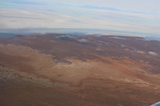 ボリビア・ペルー旅行:ウユニ塩湖 飛行機 眺め