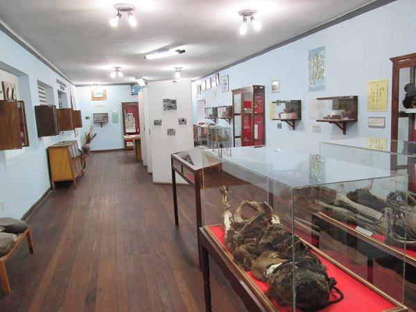 南米旅行:ウユニ塩湖 塩の博物館 内