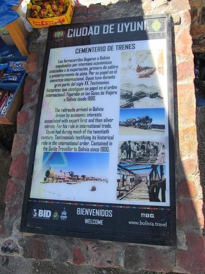 南米旅行:列車の墓場 看板