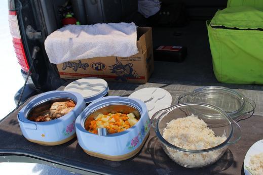 ボリビア・ペルー旅行:ウユニ塩湖 4WD 昼食