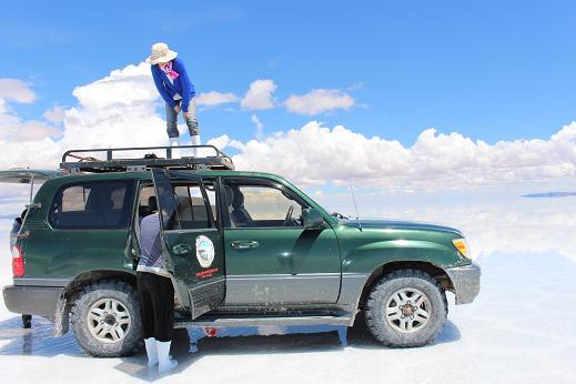 ボリビア・ペルー旅行:ウユニ塩湖 4WD 荷台