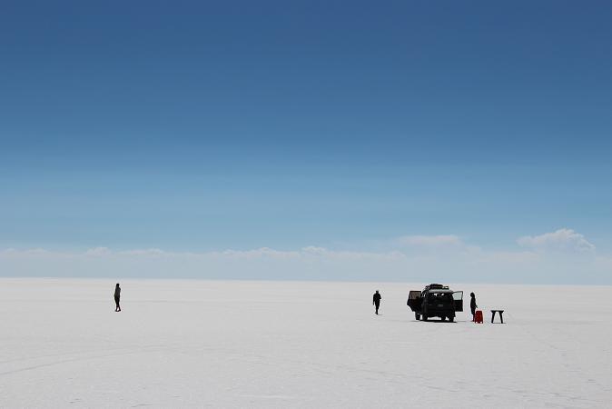 ボリビア・ペルー旅行:ウユニ塩湖 4WD 荷台 1人 塩面
