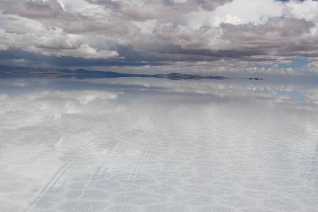 ボリビア・ペルー旅行:ウユニ塩湖 4WD 荷台 後方