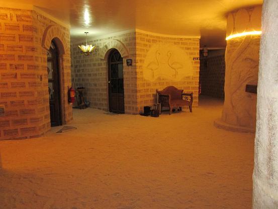 南米旅行:ウユニ塩湖 クリスタルサマーニャ 廊下
