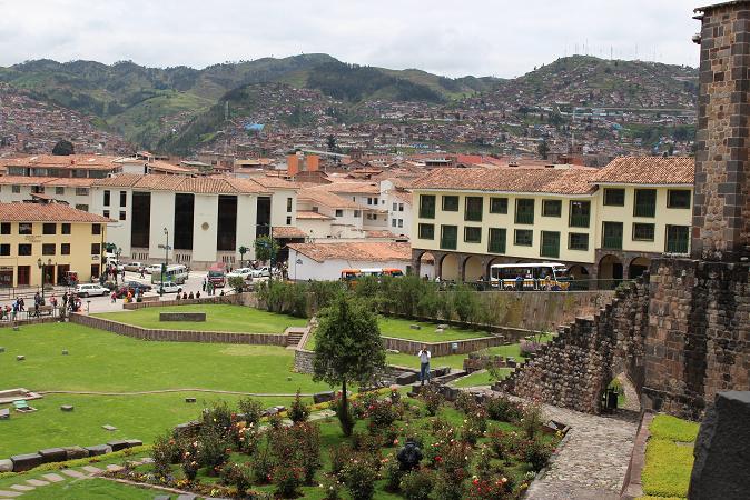 ボリビア・ペルー旅行:クスコ市内 サンドドミンゴ教会 裏庭