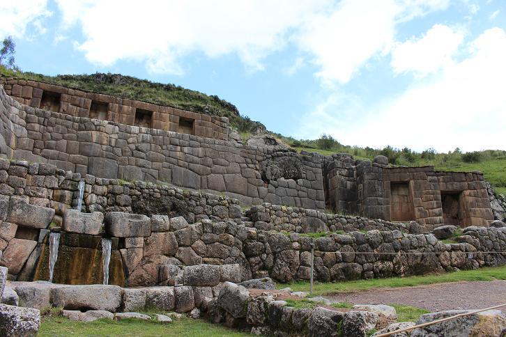 ボリビア・ペルー旅行:クスコ タンボマチャイ2