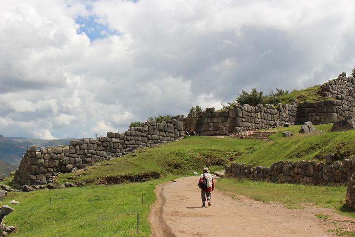 ボリビア・ペルー旅行:クスコ サクサイワマン