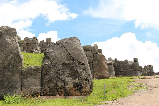 ボリビア・ペルー旅行:クスコ サクサイワマン2