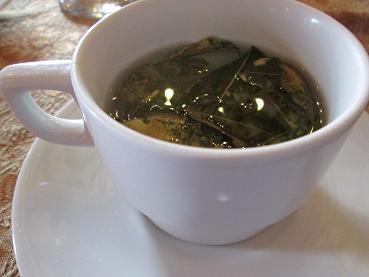 南米旅行:ペルー クスコ市内 昼食 コカ茶