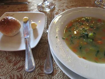 南米旅行:ペルー クスコ市内 昼食 スープ