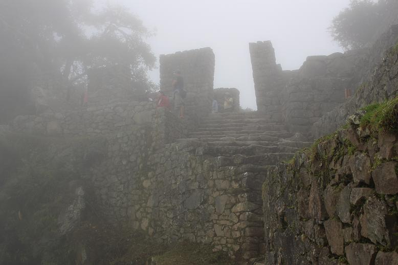 ボリビア・ペルー旅行:マチュピチュ 太陽の門