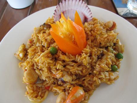 南米旅行:ピスコ レストラン パエリア