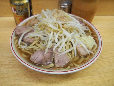 140219_新代田_チャーシュー麺_プレミアムモルツ_ヤサイダブル_ニンニクアブラ