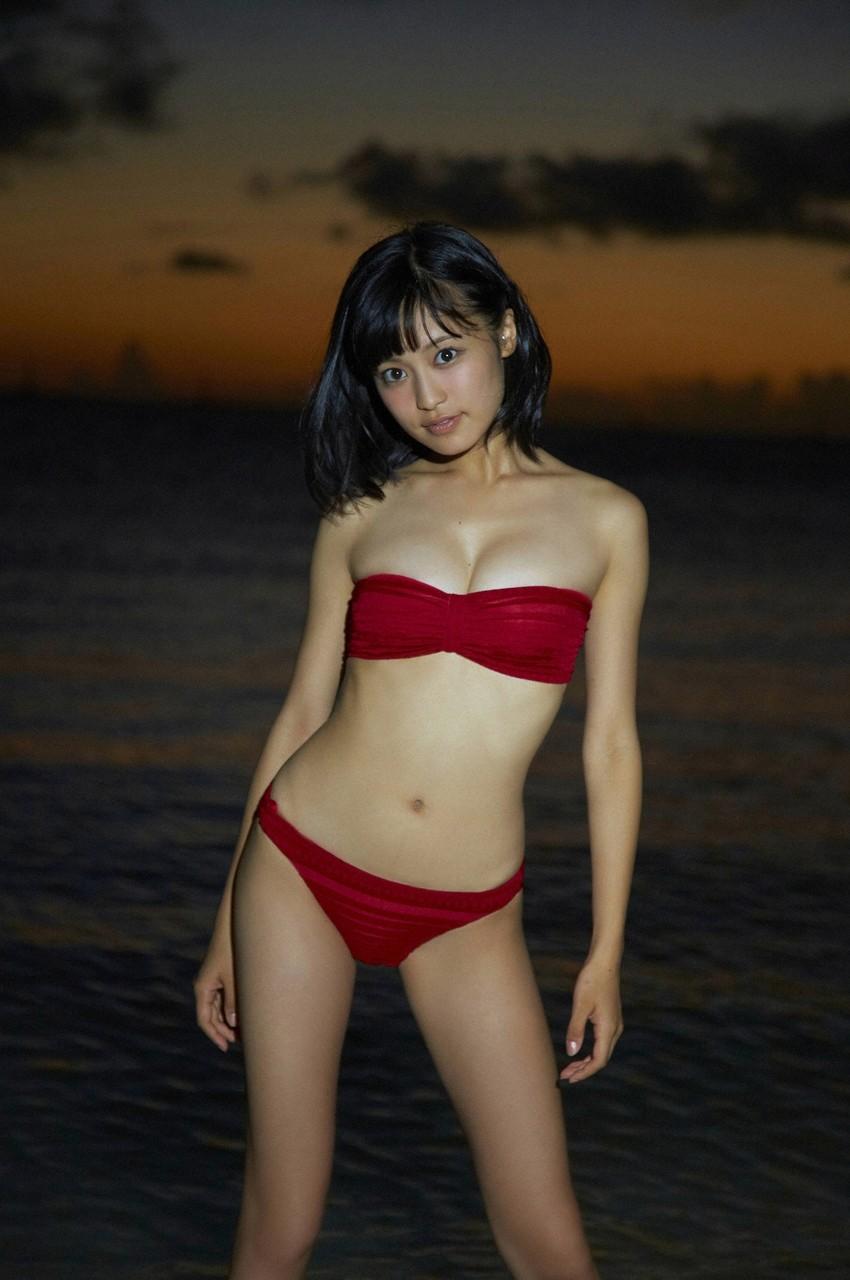 小島瑠璃子19