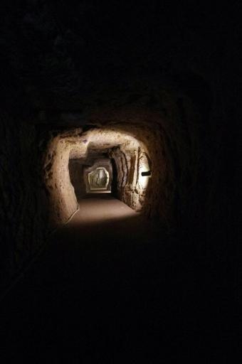 龍源寺間歩の内部