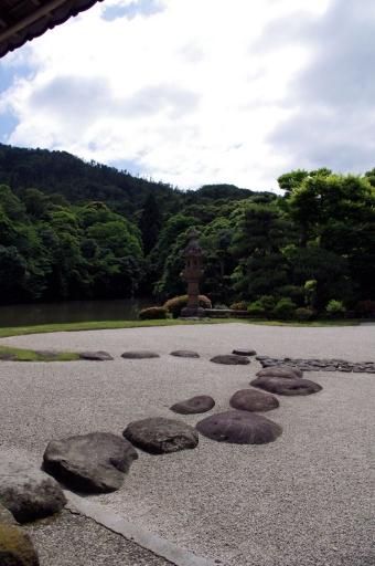 康國寺のお庭