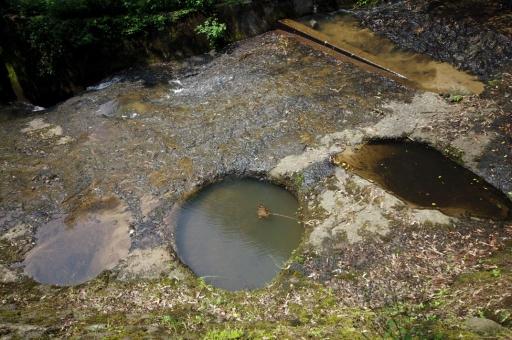 岩坪の甌穴