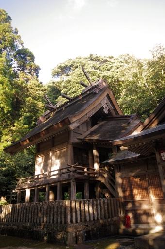 内神社本殿