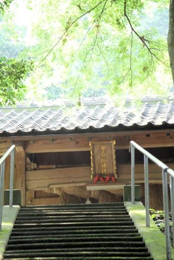 那賣佐神社拝殿