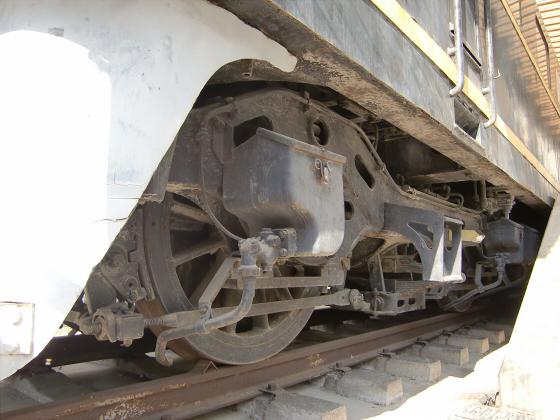 EH1061電気機関車-18