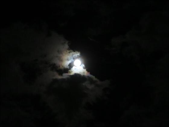 スーパームーンで月光虹?02