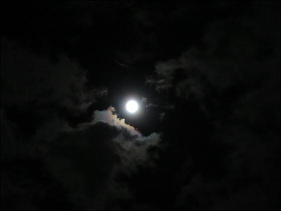 スーパームーンで月光虹?03