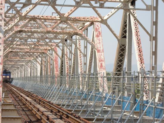 仮橋閉鎖後の赤川鉄橋04