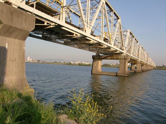 仮橋閉鎖後の赤川鉄橋17