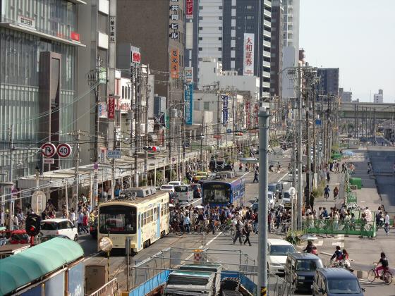 あべのハルカスと阪堺電車10
