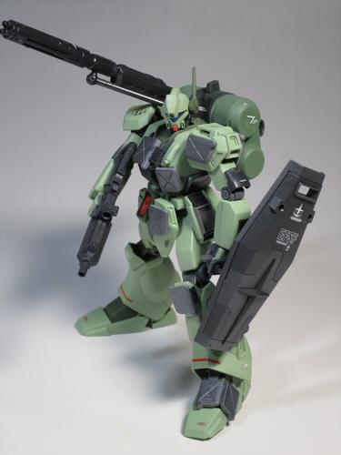 ズサ重装型とリサイクルジェガン01