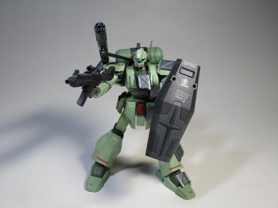 ズサ重装型とリサイクルジェガン04