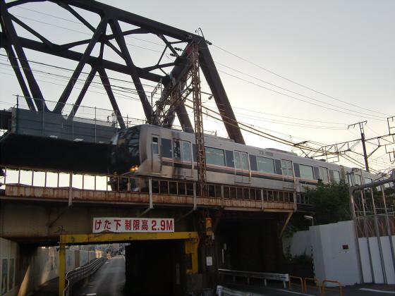 城東貨物と工事中の橋08