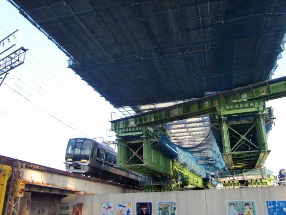 城東貨物と工事中の橋09