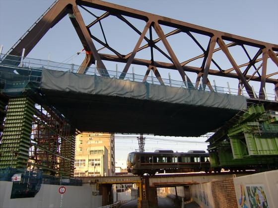 城東貨物と工事中の橋11