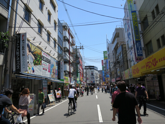 6月と9月の大阪日本橋01