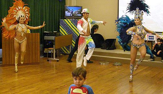 サロン・カーナヴァウ@海外移住と文化の交流センター-2